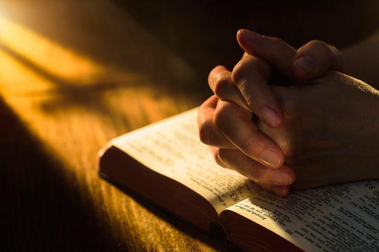 1Thess 5:17 Praying